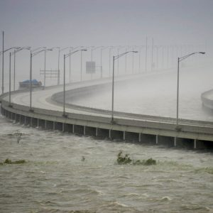 highway bridge flooding after hurricane katrina